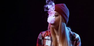 teen girl vaping